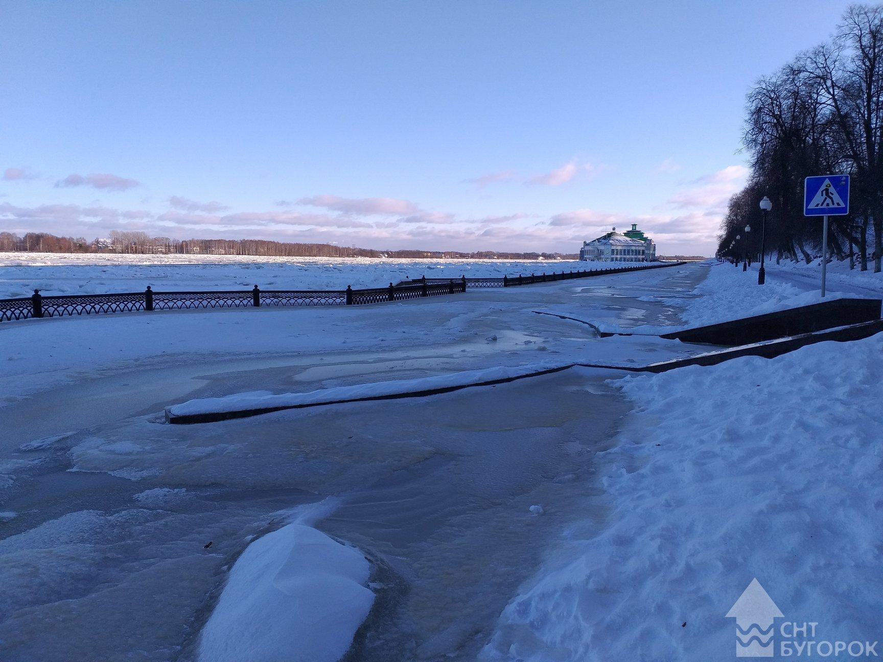 фото на Волжской набережной Ярославля